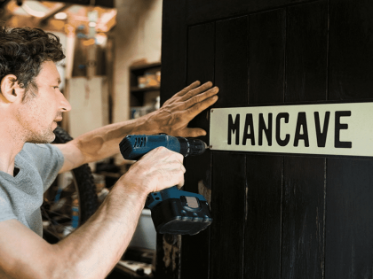 Top 10 Must-Haves for a Mancave